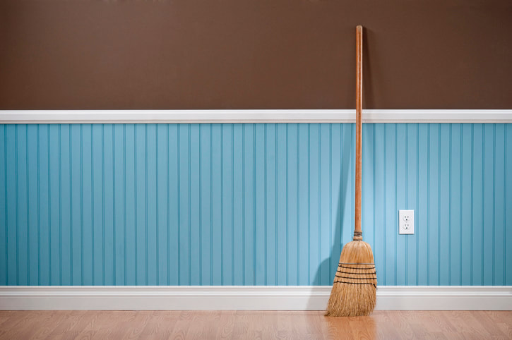 Florida Woman beats Florida husband with broomstick for not helping with housework